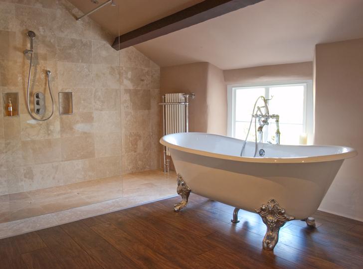 Badezimmerausstattung | Renovierung & Ausbau
